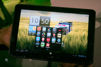 Photo: Acer's A510 tablet - Photo by Eric Franklin