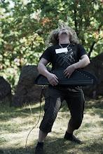 Photo: Miehevää sähkökannelmusisointia / Rough and tough electric kannel musicianship