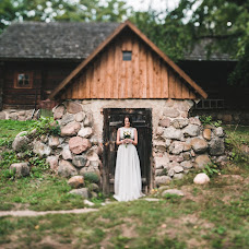 Wedding photographer Darya Andrievskaya (DaryaA). Photo of 07.12.2015