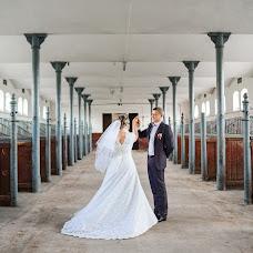 Wedding photographer Sasha Siyan (RedPion). Photo of 26.09.2018