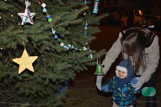 Photo: Akcja dekorowania choinki na Rynku w Słomnikach EKOCHOINKA