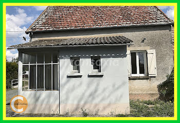maison à Levet (18)