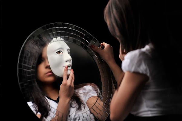 La maschera e il volto di franca111