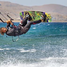 kiteboarding unhoocked by Dan Baciu - Sports & Fitness Watersports ( slingshot, kitesurfing, sports, kiteboard, kitesurf, ocean, rallie, trick tricks, watersport, frontroll, surfing, surf, athlete, water, extreme, new school, backroll, waves, kite, sea, sport, kiteboarding, athletes, kiting, unhoocked,  )
