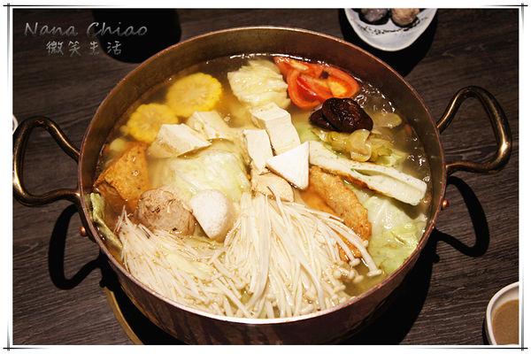 銅錵鍋日式涮涮鍋台中店~令人讚不絕口的美味度!動口不動手的桌邊服務超貼心!值得一試的精緻鍋物!