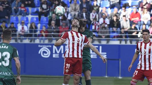Juan Muñoz y Darwin Núñez volvieron a formar pareja en ataque.