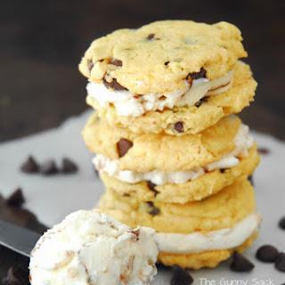 Sugar Free Chocolate Chip Cake Mix Cookie Greek Frozen Yogurt Sandwiches
