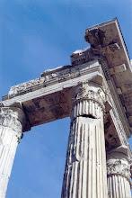 Photo: #013-Temple d'Apollo Sosiano.
