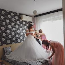 Wedding photographer Miroslava Velikova (studioMirela). Photo of 08.02.2018