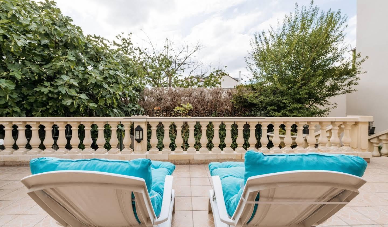 Maison avec terrasse Fontenay-sous-Bois