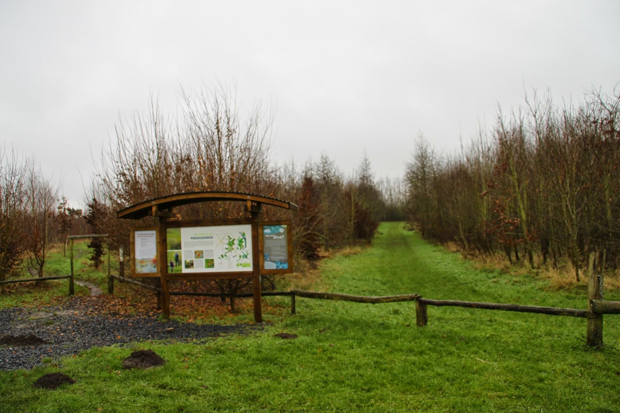 Photo: Het Preshoekbos, het stadsrandbos van Kortrijk
