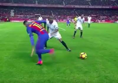 Video: Het kan de beste overkomen... Neymar wil tegenstander in de wind zetten, maar dribbelt zichzelf