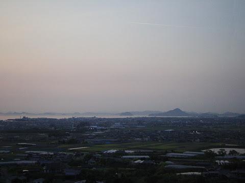 伊予鉄バス「オレンジライナー」東京線 5619 車窓