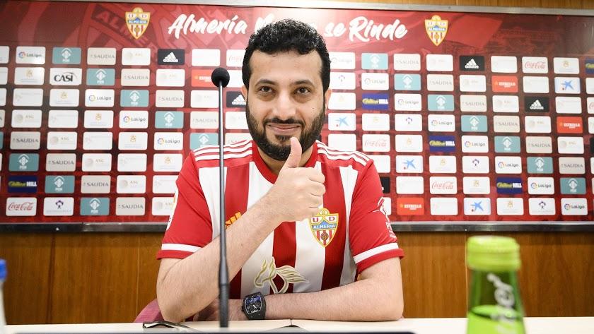Además de ser una importante figura en el mundo futbolístico, el jeque también ha contribuido en la puesta en valor de la ciudad de Almería.