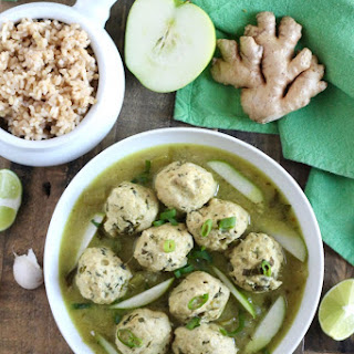 Chicken Meatballs with Green Curry and Apples.