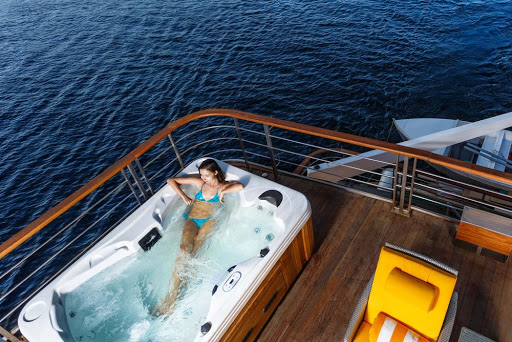Kick back with a relaxing whirlpool during a voyage aboard the luxury Nile cruiser Oberoi Philae.