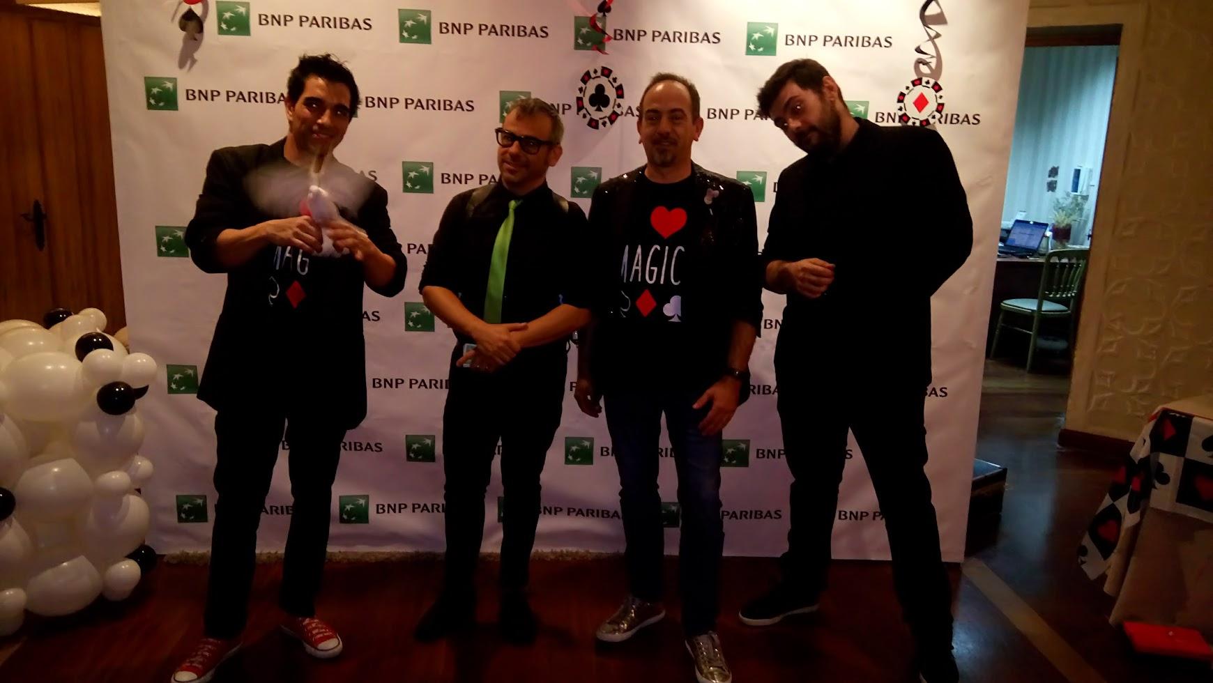 4 ilusionistas en evento de empresa en Madrid Bnp Paribas