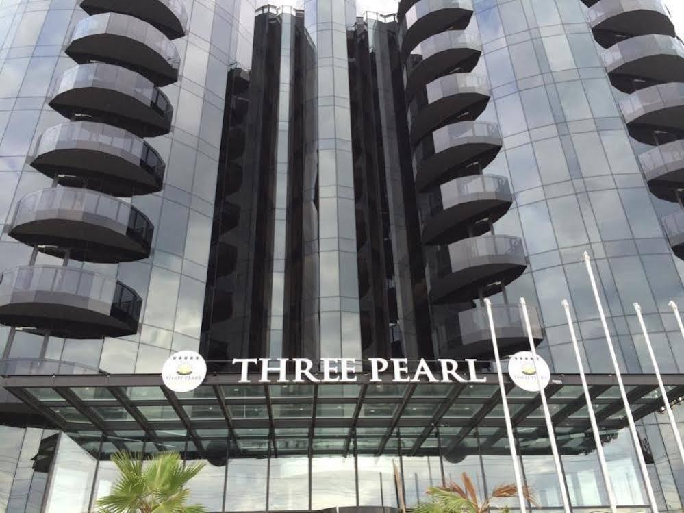 Three Pearl