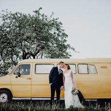 Wedding photographer Aleksandr Cherepok (sa12356ba). Photo of 15.03.2018