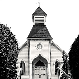 St. Anne  by Todd Reynolds - Black & White Buildings & Architecture