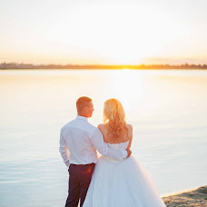 Wedding photographer Anastasiya Burlacheva (Burlacheva). Photo of 27.10.2016