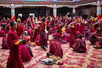 Photo: Debate practice takes place at the main gompa every evening at 17:00.