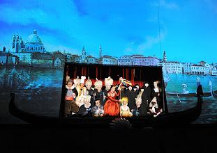 Photo: EINE NACHT IN VENEDIG / Wiener Volksoper. Inszenierung: Hinrich Horstkotte, Premiere 14.12.2013. Ensemble. Foto: Barbara Zeininger