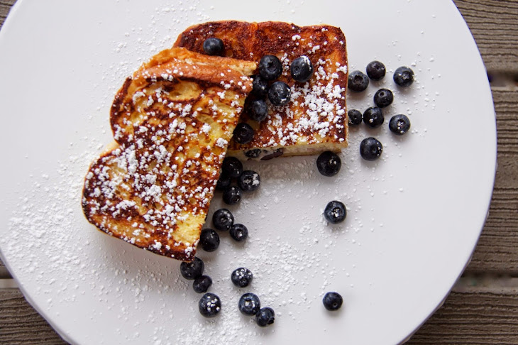 Blueberry Cream Cheese Stuffed French Toast Recept | Yummly