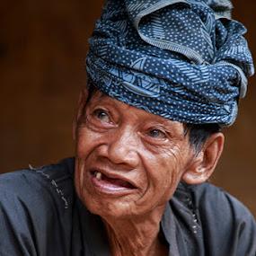 Baduy Profile by Basuki Mangkusudharma - People Portraits of Men
