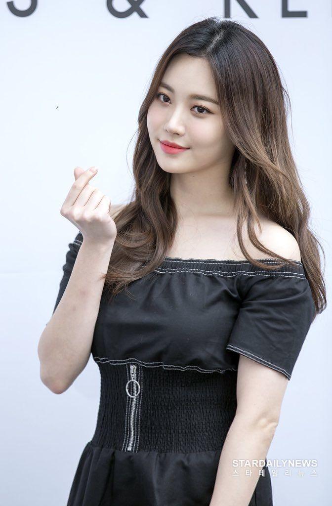 yura dress 31