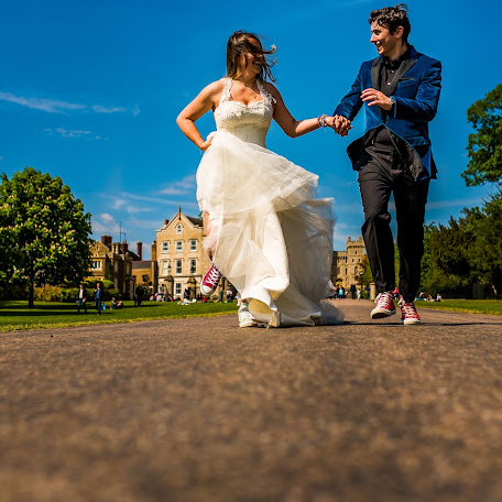 Wedding photographer Denisa-Elena Sirb (denisa). Photo of 20.11.2017