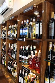 The Vinos Wine And Beer Shop photo 2