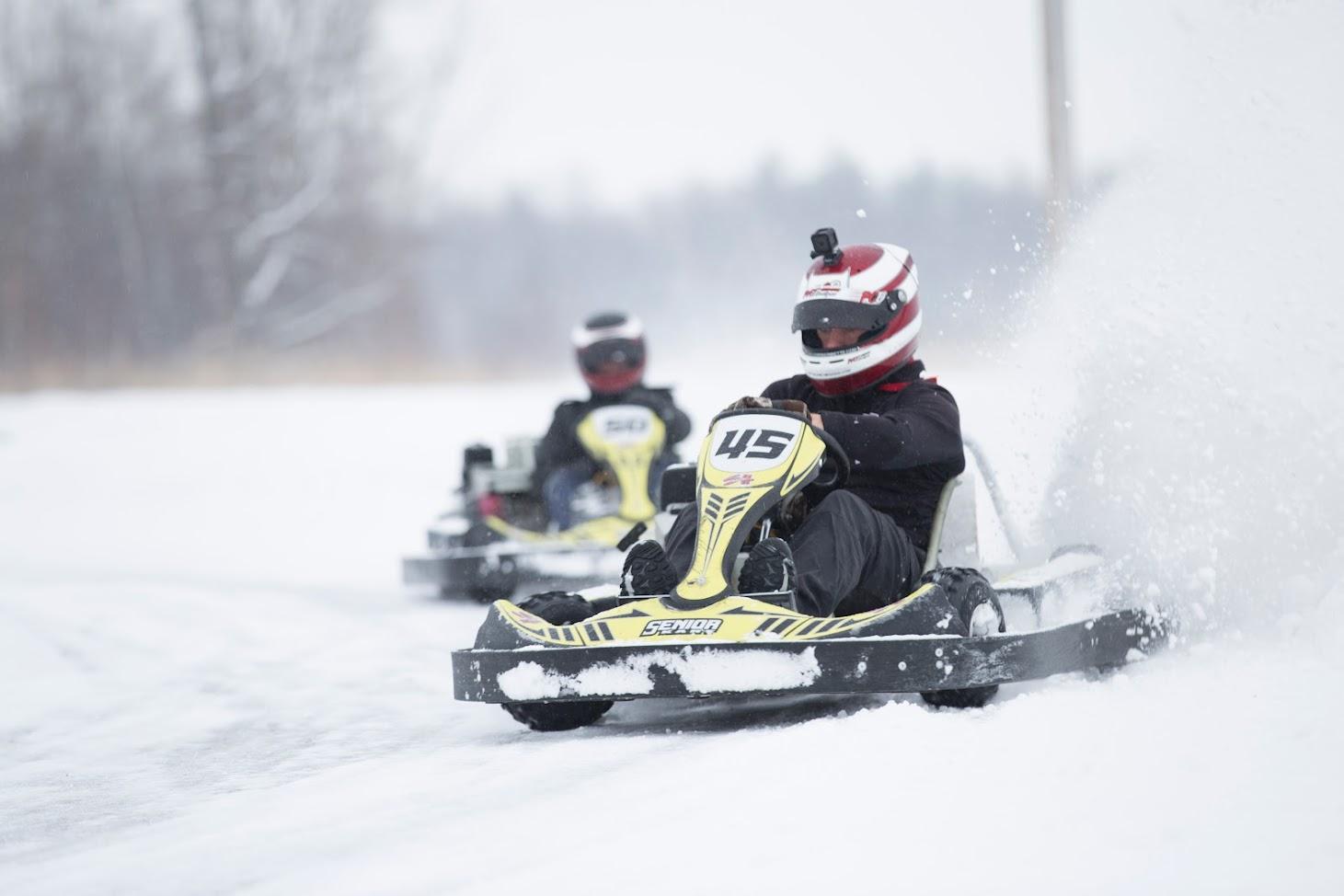 Ice karting at sh karting for Go kart montreal exterieur