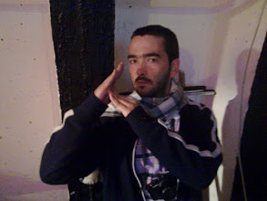 Photo: hugo from portugal, making the lambda sign