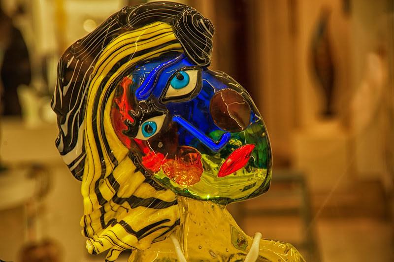 Vetro, colori e simpatia di Gian Piero Bacchetta