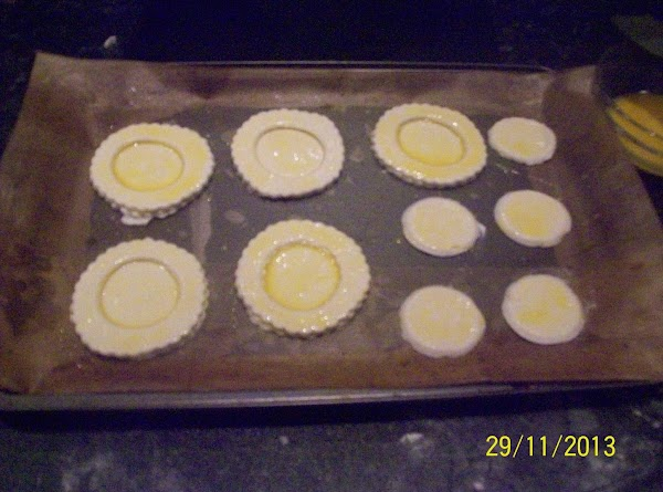 The vol-au-vents are all ready for the oven ,and should look like the photo...