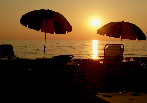 Metti un tramonto al mare.... di Alessandra Botticelli