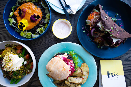 Pass the plants, please: Lexi's commitment to sustainability extends beyond food