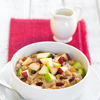 Fall Spiced Apple Cran-Raisin Oatmeal