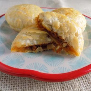 BBQ Pulled Chicken Puffs
