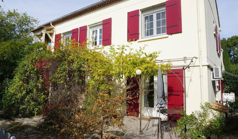 Maison avec piscine et terrasse Saint-Etienne-du-Grès