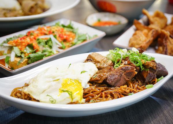 超特別馬來西亞菜!香濃牛肉撈麵x經典牛雜湯x必吃炸牛肉雲吞-[高雄馬來料理推薦]家鄉牛什