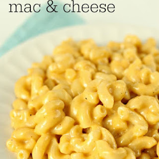 Slow Cooker Creamy Macaroni and Cheese.