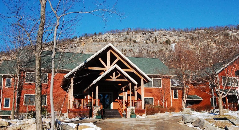 Minnewaska Lodge