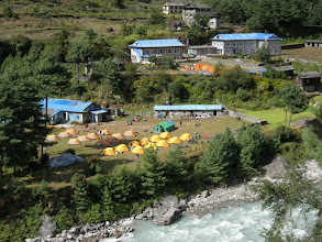 Photo: Our campsite in Phakding with all our yellow Northface tents