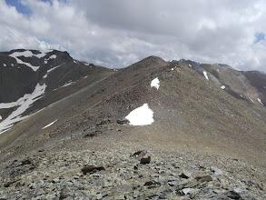 Photo: I a continuació els dos Cims de les Arques, el Baix (2.682 m) i l'Alt (2..792 m)