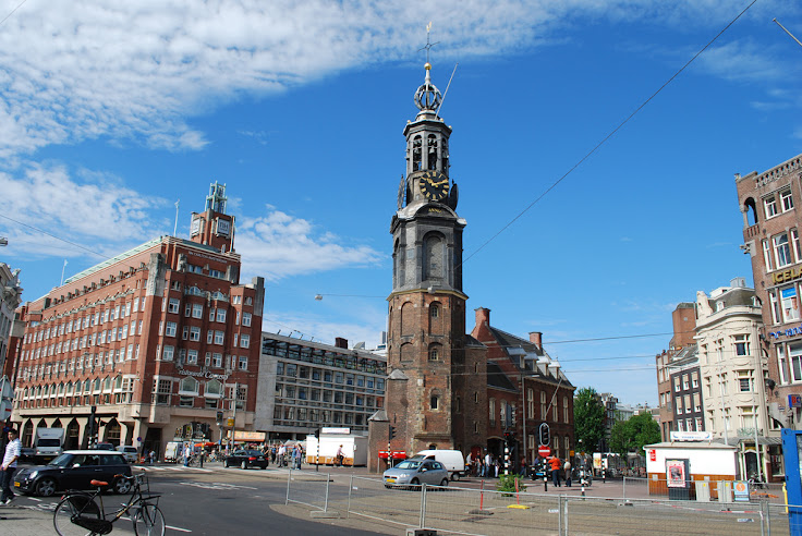 Muntplein as it looks today. Photo: Le Monde1.