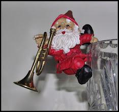 Photo: 23. december 2011 - Nissen og trompeten