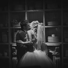 Wedding photographer Vladimir Yakovenko (Schnaps). Photo of 29.10.2013