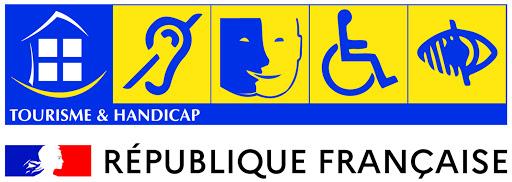 La Grange gite 4 étoiles pour 8 personnes labellisé Tourisme et Handicap Auditif Mental Moteur et Visuel à Surgères en Aunis Marais poitevin Charente-Maritime